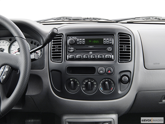 2004 Ford Escape Review Carfax Vehicle Researchrhcarfax: 2004 Ford Escape Radio At Gmaili.net